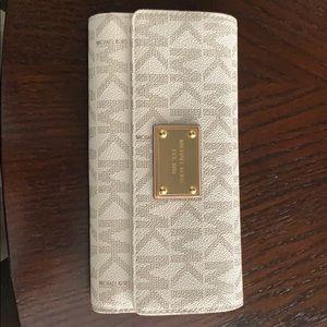 MICHAEL Michael Kors Checkbook Wallet